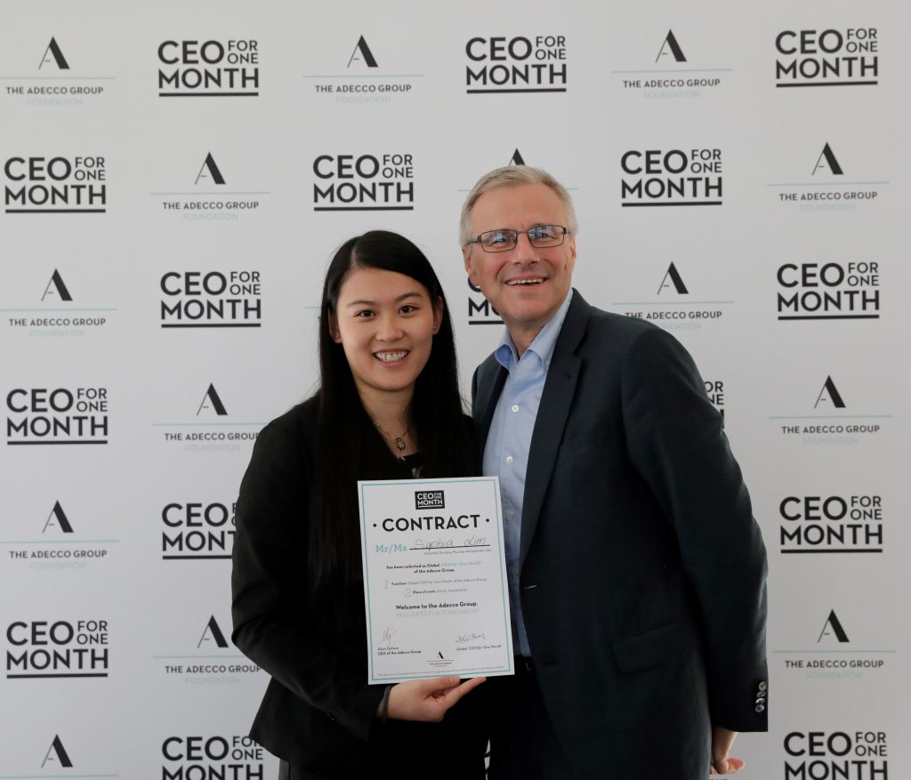 Ο Alain Dehaze, Adecco Group CEO, με τη Sophia Lim, Global CEO for One Month 2019
